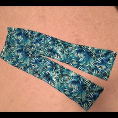 Tropical beach pants by pink Brand new comfy cute and perfect for spring break and summer PINK Victoria's Secret Pants Boot Cut & Flare