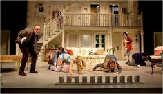 At Hartfort Stage, the Farce 'Noises Off' - Review - NYTimes.com