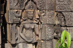 Sambor Prei Kuk (par Laoshu64). En savoir plus: http://voyager-au-cambodge.com/sites-a-visiter/kompong-thom