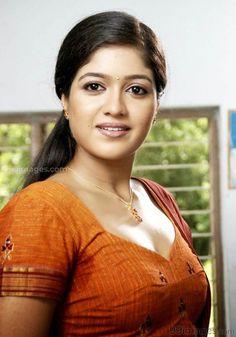 Bollywood Actress Hot, Beautiful Bollywood Actress, Most Beautiful Indian Actress, Beautiful Girl In India, Beautiful Girl Image, Beautiful Women, Beautiful Gif, Beauty Full Girl, Cute Beauty