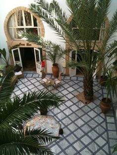 'Air-conditioning' at team time in the Riad Al Medina Essaouira Medina, Conditioning, Bicycles, Patio, Outdoor Decor, Food, Home Decor, Decoration Home, Terrace