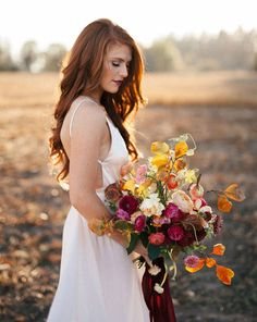 Redhead brides, you're going to love these hairstyle ideas!