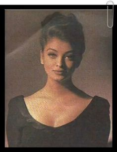 vintage bollywood - Aishwarya Rai Unseen From Modelling Days Actress Aishwarya Rai, Aishwarya Rai Bachchan, Bollywood Actors, Bollywood Fashion, Pretty People, Beautiful People, Aishwarya Rai Pictures, Beauty Redefined, Indian Aesthetic