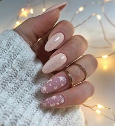 In look for some nail designs and some ideas for your nails? Listed here is our listing of must-try coffin acrylic nails for trendy women. Gel Nail Art Designs, Elegant Nail Designs, Elegant Nails, Nails Design, Popular Nail Designs, Popular Nail Art, Xmas Nails, Holiday Nails, Christmas Nails
