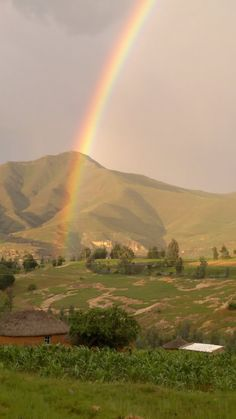 lesotho :: Rainbow God is showing Himself! Who will teach these souls His Word? Rainbow Photo, Somewhere Over, One With Nature, Travel Companies, Volcanoes, Travel Planner, Rest Of The World, Over The Rainbow, Continents
