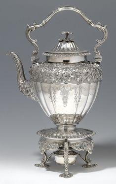 Vintage Silver, Antique Silver, Light Of Christ, Silver Teapot, Coffee Accessories, Bronze, Tea Art, Antique China, Tea Cups