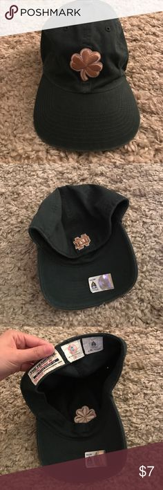 Notre Dame fitted cap In great condition! Vintage Notre Dame fighting irish Cap Accessories Hats