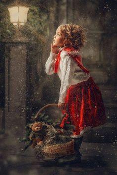 ✴Buon Natale e Felice Anno Nuovo✴Merry Christmas and Happy New Year✴ Christmas Mini Sessions, Christmas Minis, Christmas Pictures, Family Christmas, Kids Christmas, Vintage Christmas, Xmas, Merry Christmas, Foto Fantasy