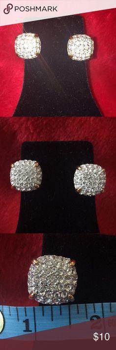 Clip on earrings Clip on rhinestone earrings. No stones missing. Appx 1/2 wide. Jewelry Earrings