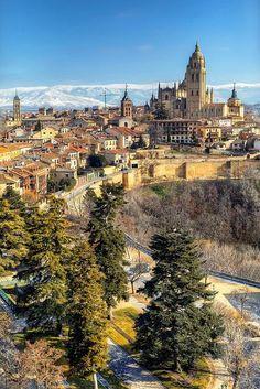 Spain Travel Inspiration - Storks in Segovia, Spain