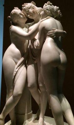 Antonio Canova (1757/1822) Les Trois Grâces - Rome Thalia : jeunesse et beauté, Euphrosyne : rire, Aglaée élégance.