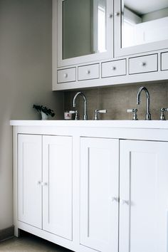 Classic Bathroom Kitchen Interior, Custom Kitchen, Interior, Classic Bathroom, Kitchen Cabinets, Cabinetry, Kitchen, Bathroom, Interior Design