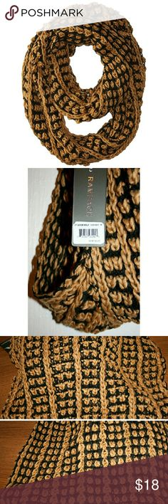 Rampage Chunky Knit Infinity Scarf NWT This luxurious, cozy infinity scarf is perfect for chilly days and goes well with hot chocolate or a pumpkin spice latte. The beautiful black and tan yarn is 100% acrylic. Rampage Accessories Scarves & Wraps
