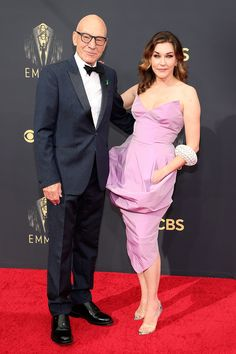 Stars Are Arriving for the 2021 Emmy Awards: See All the Photos from the Red Carpet! Cedric The Entertainer, Glamour Photo, How To Look Handsome, Looking Dapper, Blue Gown, Celebrity Red Carpet, Old Hollywood Glamour, Red Carpet Looks, Celebrity Couples
