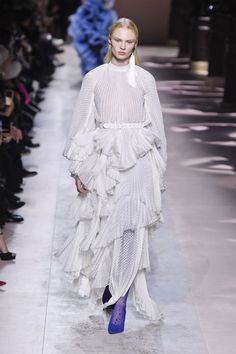 Paris Couture, Couture Week, Givenchy, Beaded Jacket, Tribal Dress, Renaissance Fashion, White Gowns, Oversized Coat, Tweed Jacket