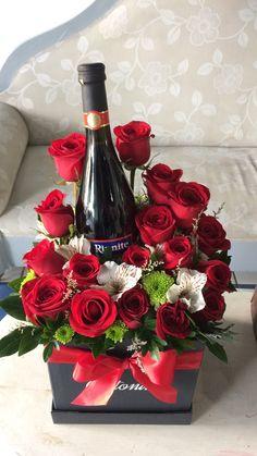 Valentine Decorations, Balloon Decorations, Flower Decorations, Table Decorations, Flower Box Gift, Flower Boxes, Valentine Gift Baskets, Valentine Gifts, Cadeau Couple