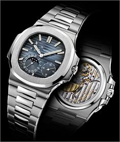 Patek Philippe 세계에서 가장 오래된 시계 회사중에 하나. 뒤판이 시계내부가 보이는 모델이다.