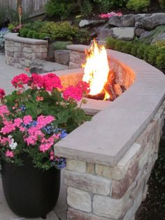 Another great firepit idea.