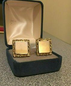 Vintage Coro Earrings Clip-on Gold Plated Metal Nashville Estate Jewelry Clip On Earrings, Gold Earrings, Magnetic Earrings, Sterling Silver Flowers, Nashville, Retro Vintage, Vintage Jewelry, Plating, Jewelry Accessories