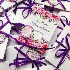 Приглашение в конверте, фиолетовые цветы, фиолетовый, сиреневый, фуксия, приглашения на свадьбу, пригласительные, приглашение, invitation, wedding, stationery, приглашения, свадьба