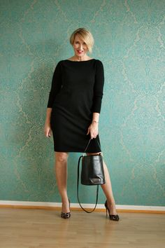 A fashion blog for women over 40 and mature women Cashmere Dress: Edelziege Shoes: Latouche Bag: Marc Jacobs http://www.glamupyourlifestyle.com/
