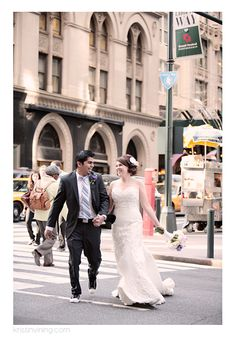 on the town, bride and groom, getting hitched, crosswalk, wedding dress, love, NYC, Kristin Vining Photography, New York City Wedding, Charlotte NC Wedding Photographer