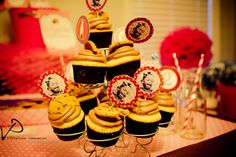 Great cupcake toppers