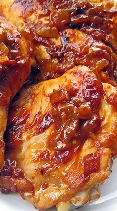 Caramelized Chipotle Chicken - These are tender juicy chicken pieces smothered in a caramelized chipotle sauce. They are finger-lickin', bone-suckin', spicy-sweet delicious : ] Turkey Recipes, Mexican Food Recipes, Chicken Recipes, Chicken Menu, Glazed Chicken, Honey Chicken, Chicken Wings, I Love Food, Good Food