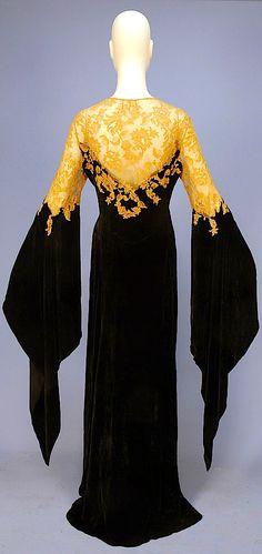 1930s deshabille silk panne velvet and Alecon lace