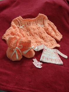 conjunto casaquinho sapatinho Baby Kids, Knitting, Lace, Tops, Women, Fashion, Tricot, Shoes, Moda