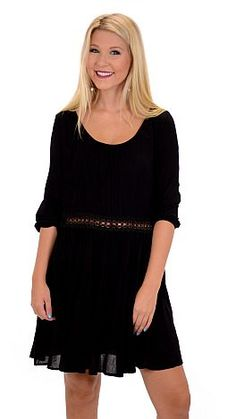 ShopBlueDoor.com: Getting dressed has never been easier thanks to this easy, breezy tunic! $42