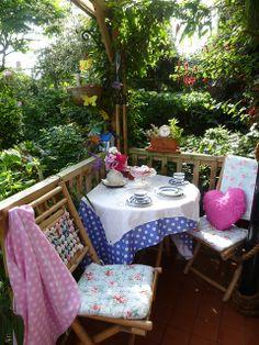 verandah table