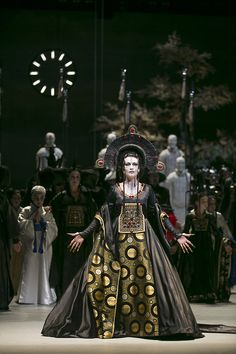 Turandot. What a figure!