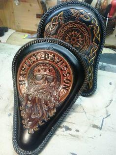 That S Just Awesome Amazing Leather Skills Leather