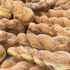 peachu July 18th, Pretzel Bites, Doughnuts, Sweet Tooth, Bread, Foodies, October, Instagram, Dance