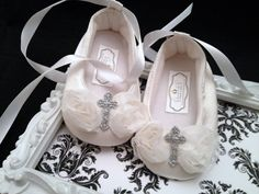 Hey, I found this really awesome Etsy listing at http://www.etsy.com/listing/159052577/shabby-chic-christening-baptism-glitter