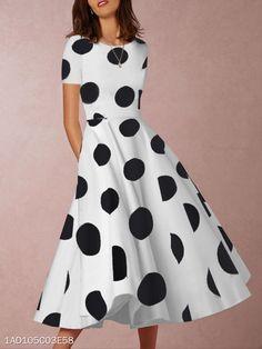 Cuello Redondo Lunares Poliéster - berrylook.com Elegant Maxi Dress, White Dress, Midi Skater Dress, Polka Dot Shorts, Polka Dots, Cocktail, Pakistani Dress Design, Dress Silhouette, Sweet Dress