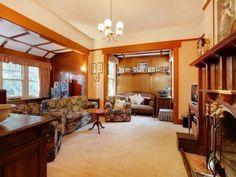 Elphin  lounge