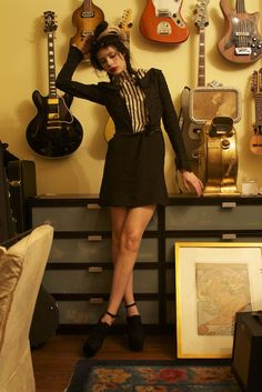 Charlotte Kemp Muhl is an American model, singer, and musician 💕🌹👍😎 Rose Mcgowan, Patti Smith, Odd Molly, Fashion Pants, Fashion Show, Fashion Outfits, Bass, Kemp Muhl, Sean Lennon
