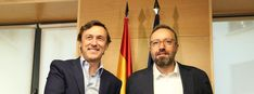 Ambas formaciones han solicitado al Gobierno nuevos informes sobre la medida que aprobó el Congreso, en una maniobra dilatoria que impedirá su puesta en marchaUnidos Podemos ha votado abstención ante la pretensión del PP de ganar tiempo e impedir el incremento de las pensiones
