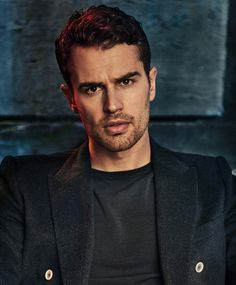 Theo James has once again graced the cover of yet another magazine. This time Essential Homme has the honor with new exclusive photos and an interview. Check below as Theo discusses The Divergent… Divergent Theo James, Divergent Series, Divergent Dauntless, Theodore James, James 3, Good Looking Actors, My Sun And Stars, Shailene Woodley, Hommes Sexy