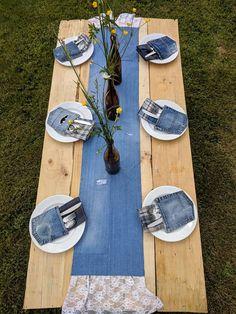 Denim & Lace Table Runner Distressed Jean Wedding Decor Denim Runner Shabby Source by jeans Denim And Lace, Artisanats Denim, Blue Denim, Jean Crafts, Denim Crafts, Denim Wedding, Blue Wedding, White Trash Wedding, White Trash Bash