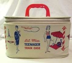 Lil Miss Teenager Train Case 1960s Mid Century Retro Mod Child/Doll Case Luggage