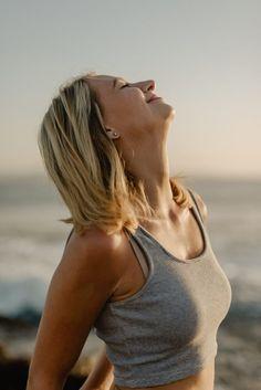fluyen Easy Meditation, Morning Meditation, Meditation For Beginners, Guided Meditation, Meditation Rooms, Pranayama, Kundalini Yoga, Qigong, Ayurveda