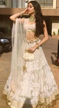 While Sonam Kapoor looked radiant in her bridal ensembles, here are the list of the Best Sonams Wedding Sister Of The Bride Looks from Rhea, to Jhanvi, Jhushi, Anshula and Shanaya Kapoors outfits. Gold Lehenga, Indian Lehenga, Bridal Lehenga, Manish Malhotra Bridal, Manish Malhotra Lehenga, Bollywood Lehenga, Sabyasachi, Indian Bridal Wear, Indian Wedding Outfits