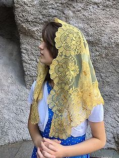 Gold on Gold Spanish style veils and mantilla Catholic church chapel lace L Mantilla Veil, Lace Veils, Chapel Veil, Bride Of Christ, Church Outfits, Wedding Veils, Spanish Style, Catholic, Women Wear