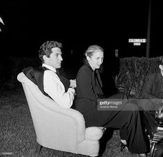 John F. Kennedy Jr and wife <a gi-track='captionPersonalityLinkClicked' href=/galleries/search?phrase=Carolyn+Bessette-Kennedy&family=editorial&specificpeople=216162 ng-click='$event.stopPropagation()'>Carolyn Bessette-Kennedy</a> are photographed for Vanity Fair Magazine on May 1, 1999 at the Vanity Fair party after White House Correspondents' Dinner in Washington, DC.