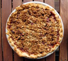 apple & sour cherry pie with crumb topping