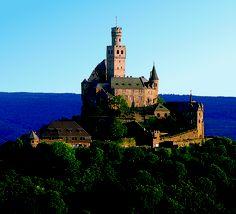 Marksburg Castle overlooking the Rhine in Braubach, Germany #Europe #travel