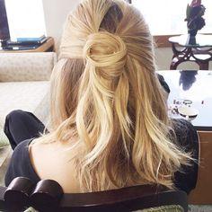 Elizabeth Olsen's twisted bun